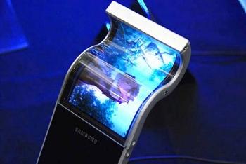 Корпорация Samsung планирует масштабное производство цветных гибких дисплеев
