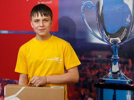 Украинский школьник может превратить любую поверхность в сенсорную