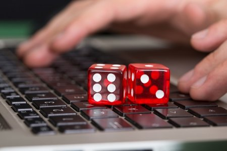 Игровой автомат Гараж в казино Вулкан 24