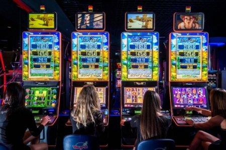 Игровой автомат Scattered Skies в интернет казино Эльдорадо